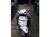 Vespa Primavera 125cc ABS with Winter Cover - One Careful owner