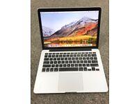 Apple MacBook Pro 13 inch Retina Display, A1502, 2.4Ghz i5, 8GB ram, 256gb SSD