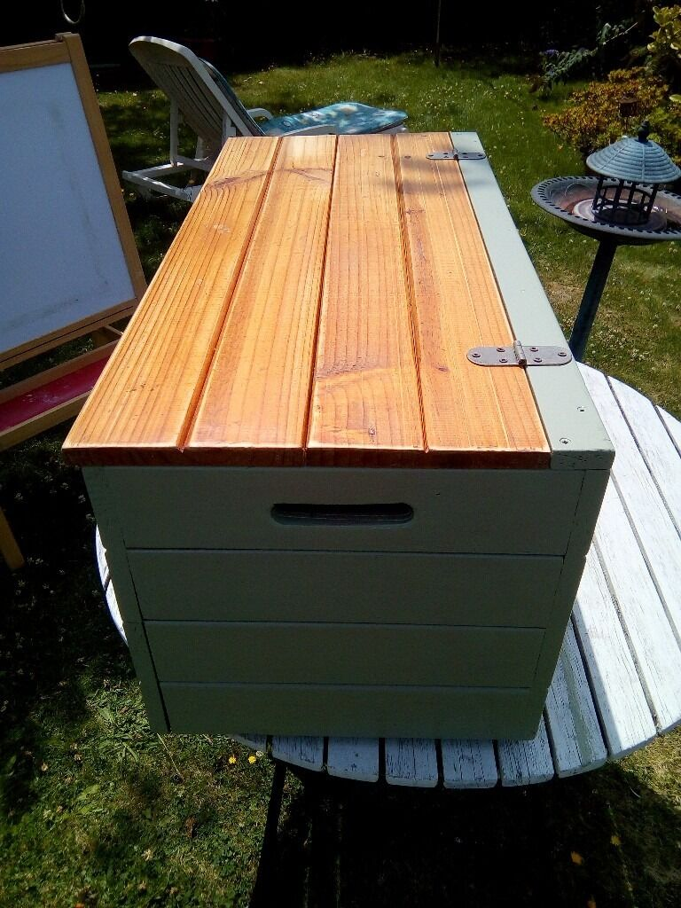 LARGE PINE, PAINT & WAXED BOX