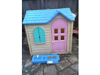 Little Tikes Country Cottage Playhouse - Roundhay Park Leeds 8 Can Deliver
