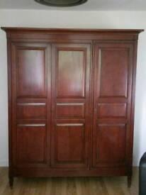 New Willis & gambier solid wood 3 door wardrobe