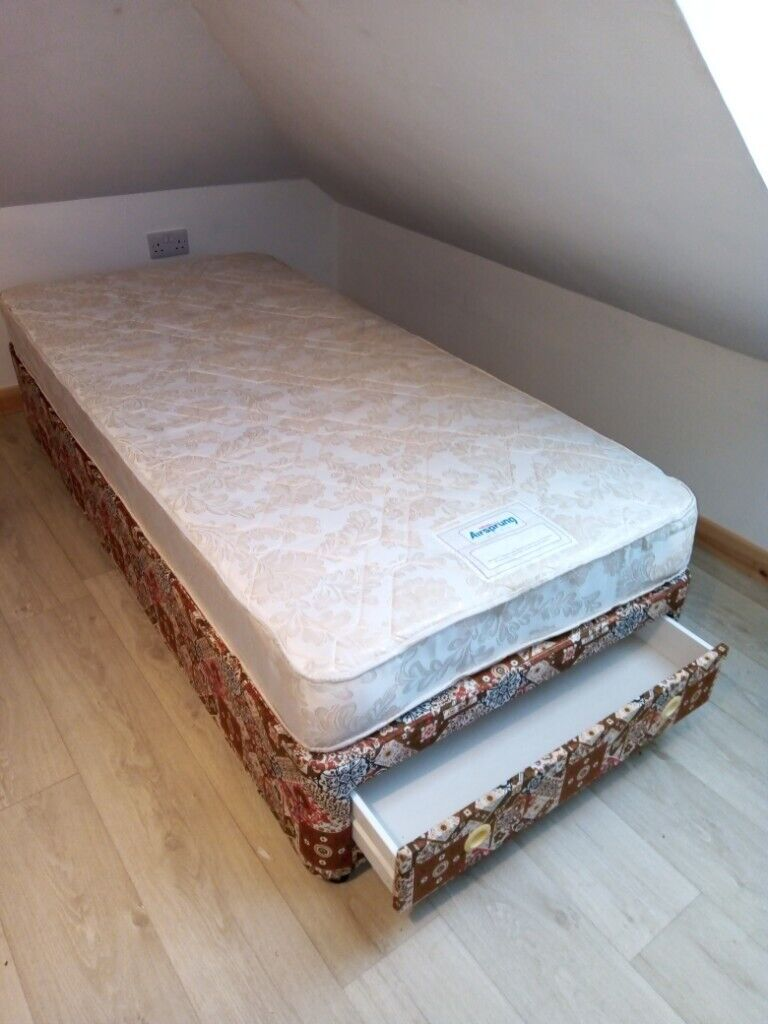 Picture of: Single Divan Bed And Mattress In Carrbridge Highland Gumtree