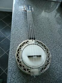 APC Banjo Ukulele, great condition.