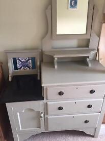 Beautiful Wash Stand/Drawers