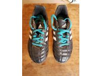 Children's Adidas football boots size UK 1, US 1.5, European 33.