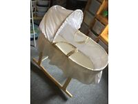 Unisex White Moses Basket With Stand & Mattress (LIKE NEW)