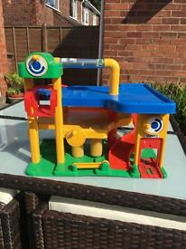 Kids play garage for cars