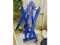 1 ton engine hoist used once