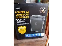 6 Sheet A4 Cross Cut Shredder