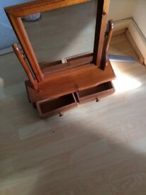 Pine dressing table swivel mirror