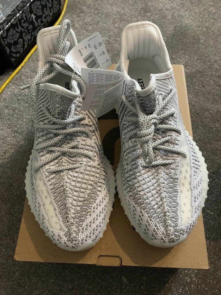 YEEZY BOOST 350 V2 STATIC SIZE 7  088f8511a