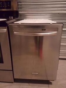 Lave-vaisselle kitchenaid  propres silencieux av broyeur Possibilité de livraison