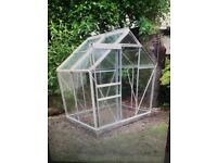 New 6 x 4 greenhouse still in packaging