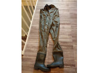 Large chest waders. Suit tall man. Size 10/11 boot. Only worn once. As new