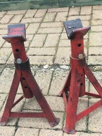 Heavy duty small height axle stands