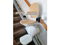 Acorn stairlift for straight stairs