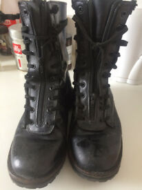 MILITARY BOOTS. ITALIAN POLICE.