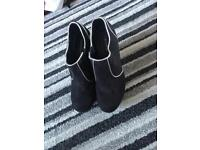 Ankle shoe boot size 5