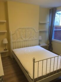 Double room in Watford 3 minutes to High Street 5 minutes to Overground Station