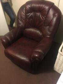 Leather chair (ox blood)