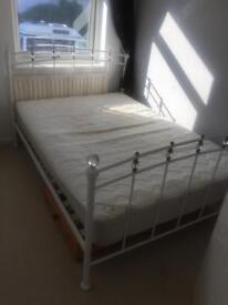 Metal frame bed