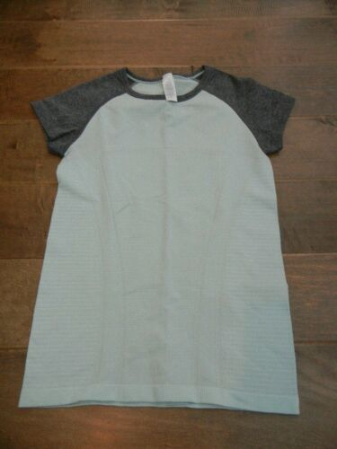 IVIVVA by LULULEMON Girls short-sleeve athletic sporty top, size 12