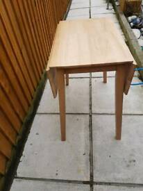 Table with wings