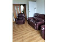 Sofa & 2 electric reclining chairs