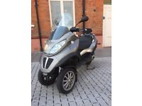 Piaggio mp3 300Lt CAN DRIVE ON CAR LICENCE