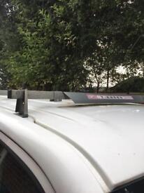 VW Transporter Heavy Duty Roof Bars