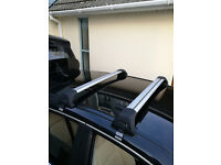 Whispbar 'wing' style roof bars for Lexus CT200