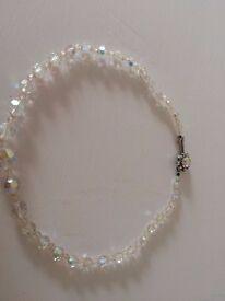 pretty vintage retro Aurora Borealis necklace