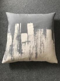 Ikea grey and cream cushions x 6 cushions!!!