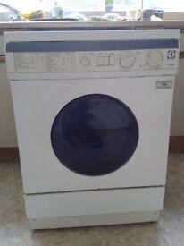 Electrolux Washing Machine WH1028