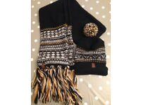 New Superdry Unisex beanie and scarf set