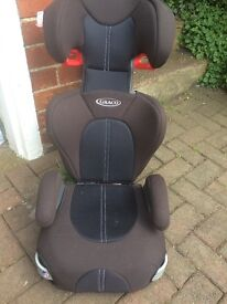 High Back GRACO booster seat. Excellent condition.