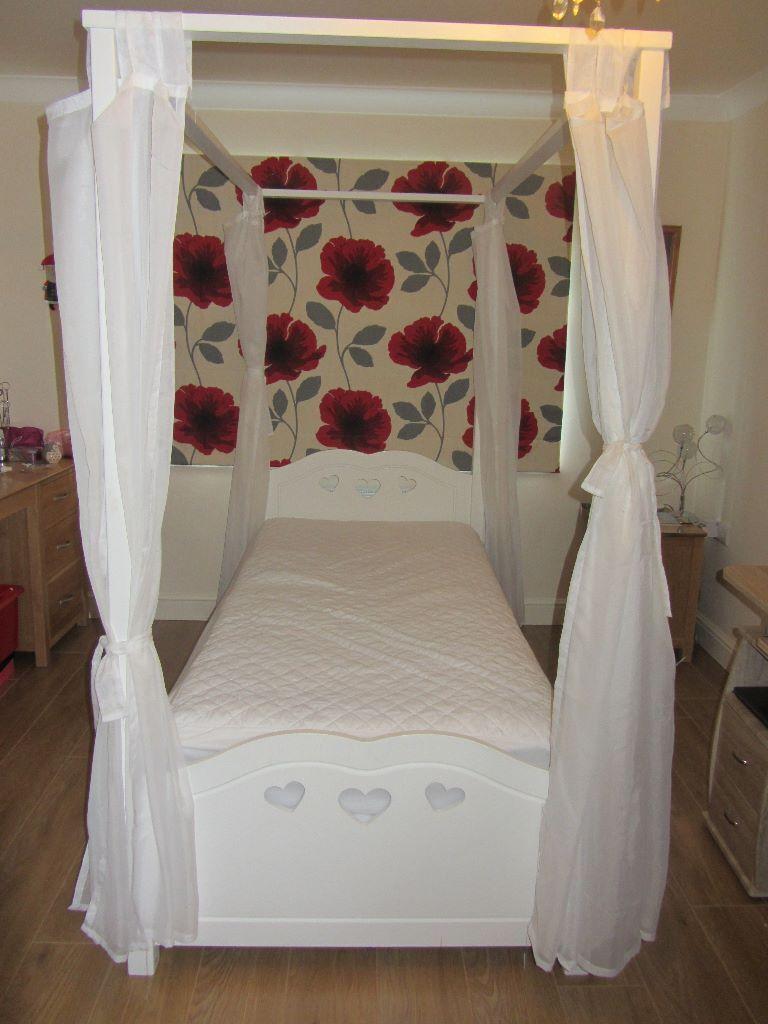 White apron argos - Argos Mia Range White Four Poster Single Bed With Large Storage Drawer Under