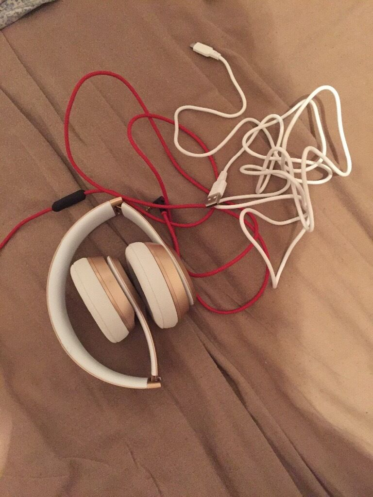 Dre beats solo 2 wireless