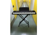 Roland ep-77 digital piano / weighted keyboard