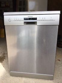 Siemens Dishwasher - 2 years old only used for a year