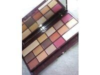 I heart makeup chocolate elixir 16 piece eyeshadow palette