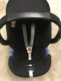 Cybex Anton Car seat and isofix base