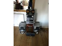 Aiwa 5.2 Surround sound stereo with 5 multidisc changer, 1000 watts and 2 subs!