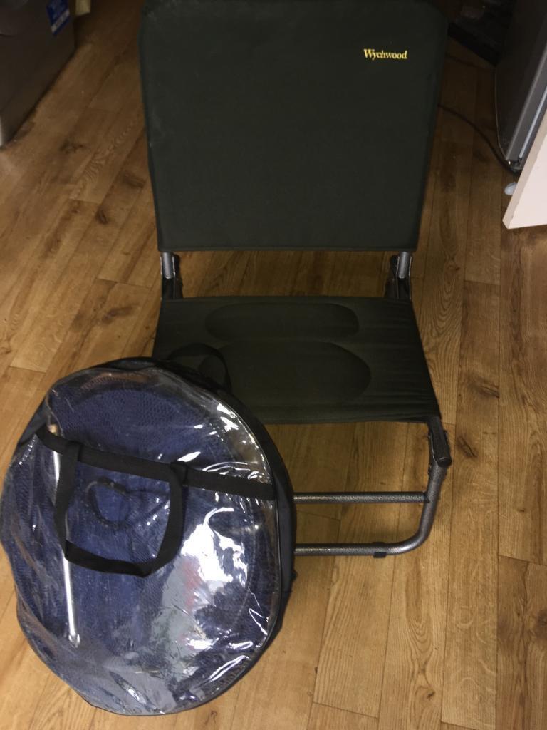 Wychwood folding fishing chair and keep net