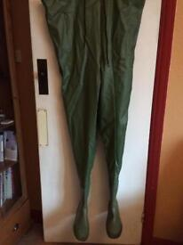 Chest waders, size 11, brand new never worn