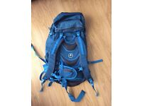 ASCENT 42 RUCK SACK RRP £70 - CAMPING / HIKING SELLING FOR £25