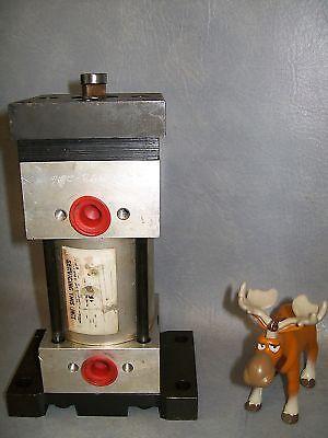 Pneumatic Cylinder 6mm Bore 35mm Stroke 16mm Rod