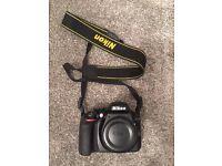 Nikon d3300 DSLR camera excellent condition- No scratches or dents.