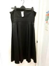Wallis Strapless Dress