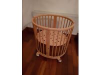 Stokke Sleepi Cot/bed set suitable from newborn to child, in Natural wood, lots of extras